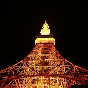 チョコと東京タワーと満月じゃない月