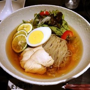 亜李蘭別邸でかぼす冷麺