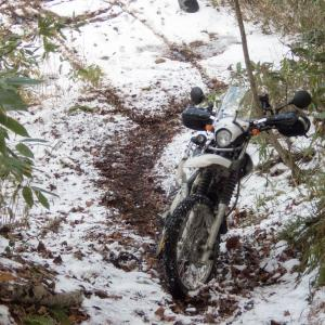 セロー 雪の林道散策と浜厚真