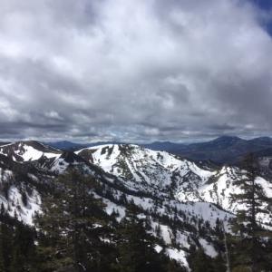 雲の上のスノーシュートレッキング