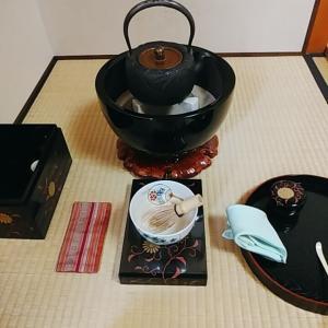 九月は茶箱