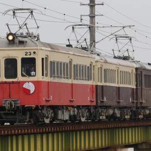 ことでんレトロ列車特別4連