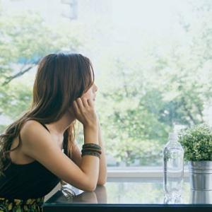 仕事が原因で体調不良になりニート期間中に結婚した26歳女性の体験談