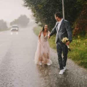 ニート中にマッチングアプリで知り合った男性と結婚した31歳女性の体験談