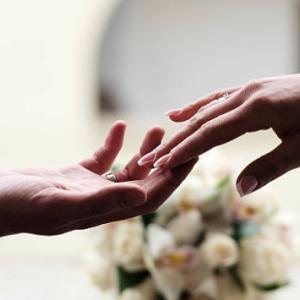 職場環境が原因でニートになった女性がニート期間中に結婚した体験談