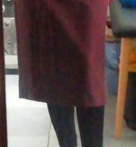 買ったスカートに合わせるニットが無い。