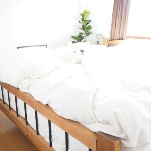 寝室インテリアとおちびちゃんとしろくま
