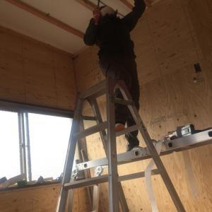 セルフリノベ。天井工事ー。