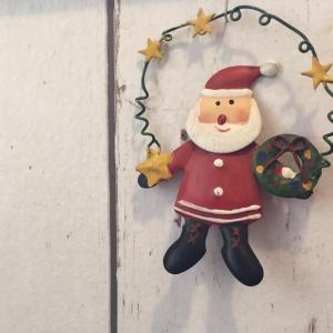 なぜか捨てられない クリスマスグッズ