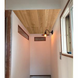 DIY*階段の天井を板張り、パース風でイメージング