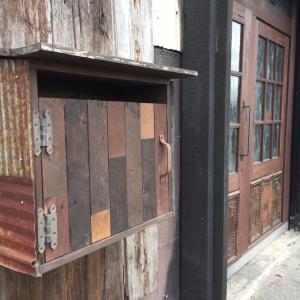 DIYの材料を探して☆古材・アンティークな木材【BULLET JAPAN】大阪