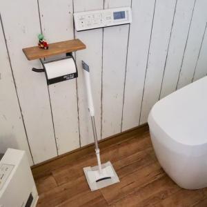 トイレの狭い場所もキレイに!クイックルミニワイパー