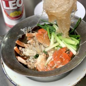 カニエキスを吸った魅惑のもちもち春雨、Somsak Claypot Crab。