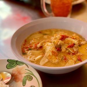 ご飯がすすむ濃厚トムヤンクン・バンランプー/Tom Yum Goong Banglamphu。