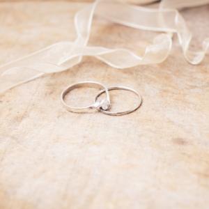 「結婚相談所・婚活サイトってことは恋愛結婚はムリ?」
