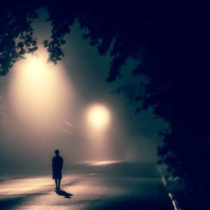 一人暮らし社会人の寂しさへの対処法は?孤独との向き合い方