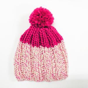 トップカラーのポンポン付きニット帽を2目ゴム編みで編んでみました