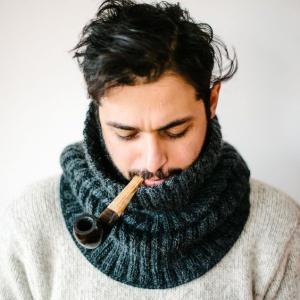 もらって嬉しい♡おしゃれな手編みメンズマフラー のデザイン参考まとめ