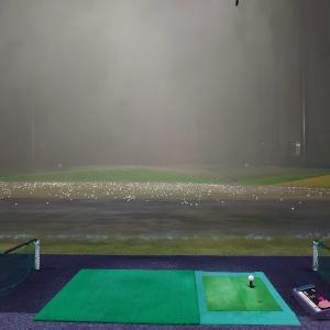 明日はゴルフ