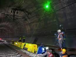 🐻JR北海道ドローンでトンネル等点検