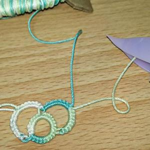スプリットチェインの裏編みと……