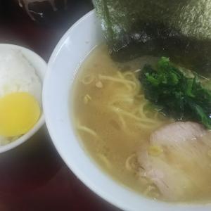リニューアルオープンした『甲子家』で味濃いめ油多めのラーメンを頼む。あっさりが様変わりしてびっくり!