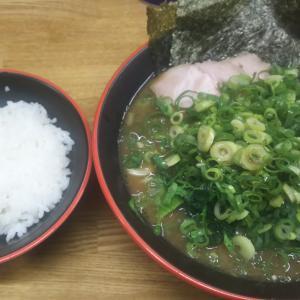 埼玉の大宮近辺で家系ラーメンを食べるなら『麺家紫極』一択!『武道家』由来の濃厚スープは至極美味でした。そして大宮駅まで散歩!