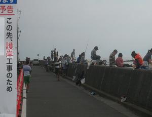 ■葉山芝崎海岸での釣りも最後の日曜日/24日から護岸工事