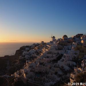 【サントリーニ島】イアの古城から望む美しすぎる夕日|場所とり必須!