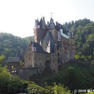ドイツ三大美城の一つ【エルツ城】への行き方(アクセス方法)、内部見学など見どころまとめ