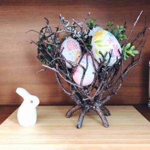 【イースター】棚に飾る小さな春