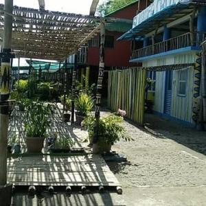 マニラ近郊の海。バタンガス「海の家」
