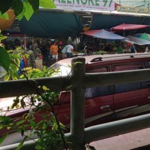 フィリピン暮らし、パリンケ(市場)と通勤事情。