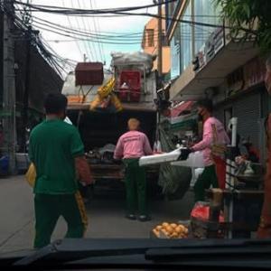 ゴミ清掃車