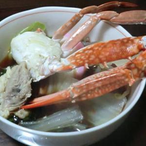 今日の晩ごはんはカニの鍋と串カツで一杯📷街角ぶらり旅11-24
