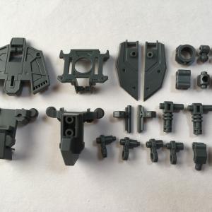 MG フリーダムガンダム Ver.2.0 #4 腰部・脚部フレーム