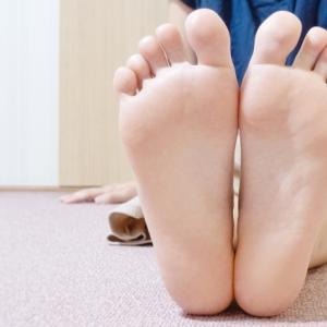 PMS・生理不順・生理痛が辛い時に!反射区を使った簡単なセルフケア