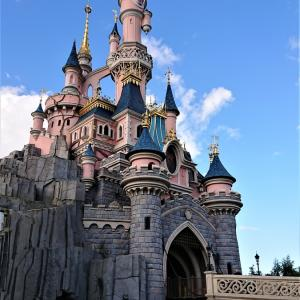 小学生の秋休み。そうだ、ディズニーランド・パリに行こう!
