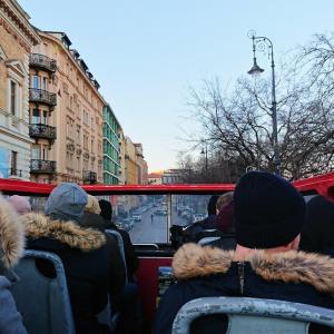 2階建て観光バス『Hop on- Hop off』バスに乗ってブダペストを観光しよう!