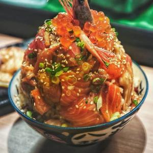 安くて早くて旨い日本の丼飯なら!Thomson PlazaのOMOTEが良さげかもw