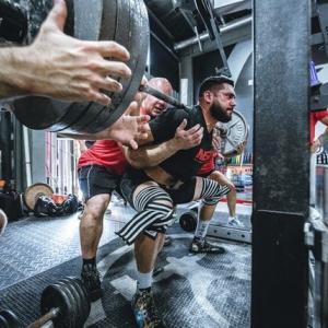 筋肥大には5~6セット以上やっても無意味って本当?