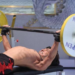 ぶっちゃけ胸筋はベンチMAX95kgくらいが理想。