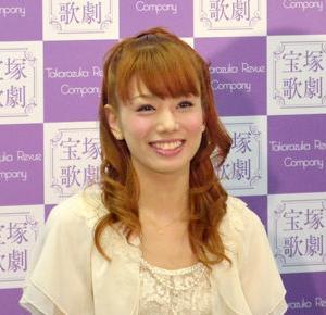 ◆宝塚歌劇団◆ 雪組『舞羽美海』関ジャニJr.室龍太 舞台初主演「聞いた時はびっくり」