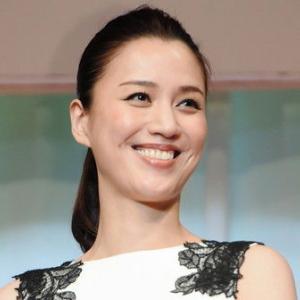 ◆宝塚歌劇団◆ 月組『遼河はるひ』料理の盛り付け方に問いかけ「一人ずつ分けたい。。。」