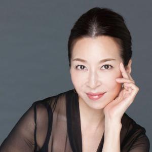 """◆宝塚歌劇団◆ 花組『真矢ミキ』亡き母、夫との""""3人同居珍生活""""明かす「私の知らない母がいっぱい出てきて」"""