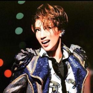 ◆宝塚歌劇団◆ 宙組『真風涼帆』迫力立ち回り!ミュージカル「エル ハポン-」開幕