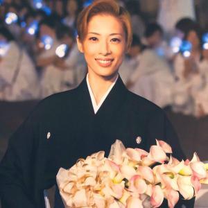 ◆宝塚歌劇団◆ 花組『明日海りお』さまのツィート集めてみました。