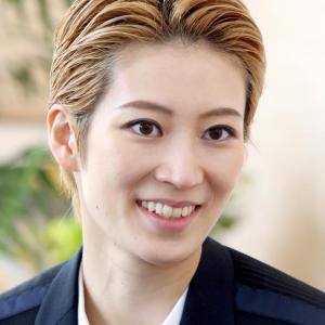 ◆宝塚歌劇団◆ 星組『瀬央ゆりあ』さまのツィート集めてみました。12月2日