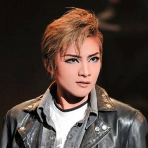 ◆宝塚歌劇団◆ 月組『鳳月杏』さまのツィート集めてみました。1月24日