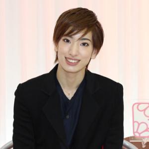 ◆宝塚歌劇団◆ 月組『柚香光』さまのツィート集めてみました。1月27日